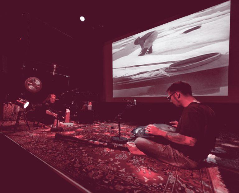 Les Espaces Culturels Thann-Cernay - Salle Espace Grün - Nanouk l'esquimau - Cie MiMi LaDoRé - ciné-concert - vendredi 15 novembre 2019